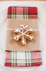 red green plaid napkins