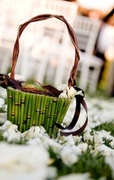 uniqure flower girl basket
