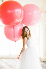 giant wedding ballons