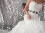 white weddin gown