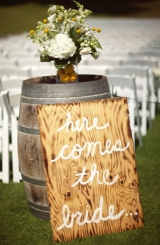Yellow rustic chic wedding 23