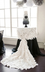black_and_white_modern_glam_wedding_6
