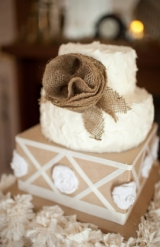 handmade linen and unbleached muslin bouquet rustic styled wedding cake rustic spring blue and green