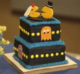 pac_man_grooms_cake_wedding