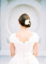 wedding-dress-with-scalloped-neck
