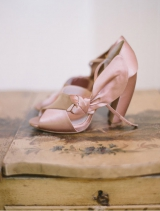classic-wedding-shoes-elizabeth-messina