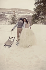 unique winter wedding attire, Gore Creek wedding, Betty Ford Park wedding, Vail Colorado, Carly Mitc