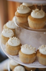 wedding cupcakes, St. Regis Hotel wedding, Dana Point California, Hugh Forte photography, Five Star