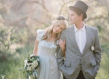 jessica claire photography vintage groom wearing hat daisy bouquet