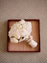 white peonie wedding flowers