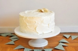 Simple white wedding cake, buttercream cake inspiration