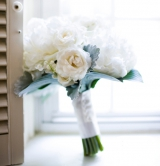 White Bridal Bouquet, Wainright House wedding venue, Rye New York, Lyndsey Hamilton Events, Christia