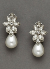 Teardrop Pearl and Crystal Earring