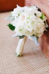 Southern wedding - white bouquet