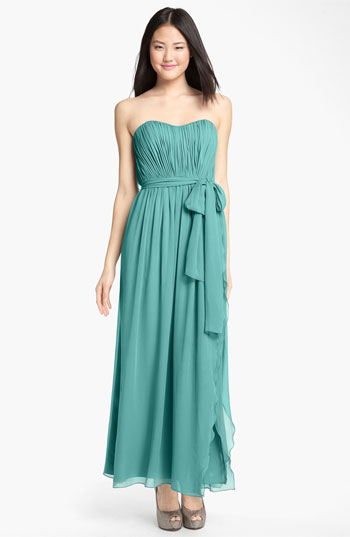 Donna Morgan Sweetheart Ruched Chiffon Gown