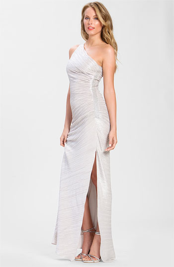 Laundry by Shelli Segal Ruched One Shoulder Gown