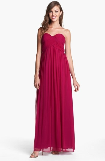 Donna Morgan 'Laura' Ruched Sweetheart Silk Chiffon Gown