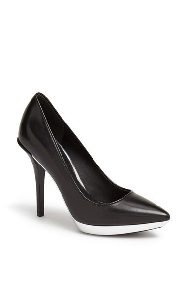 Kenneth Cole New York 'Gilmore' Pump