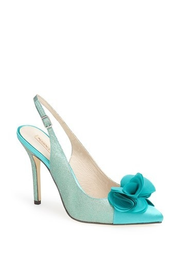 Menbur 'Fairfax' Pump