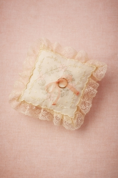 Antique Ring Pillow