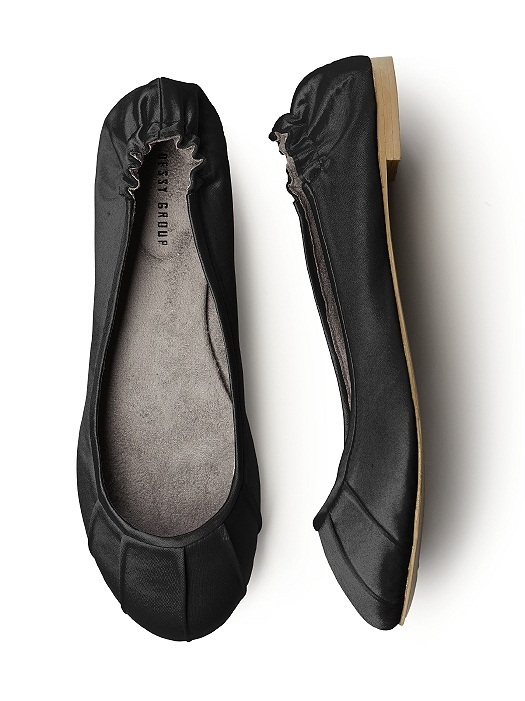 Pleated Satin Ballet Flat in black