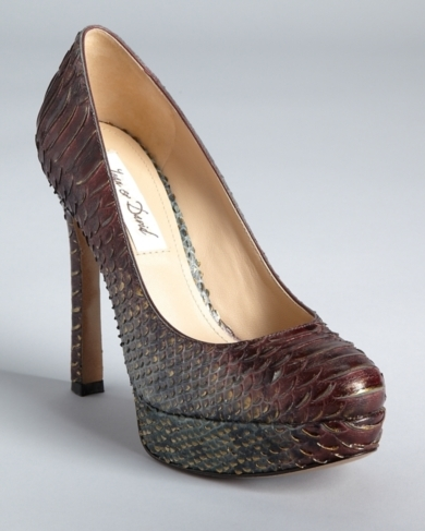 Joan & David Pumps - Quella Platform