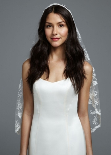 One Tier All Over Lace Mantilla Veil