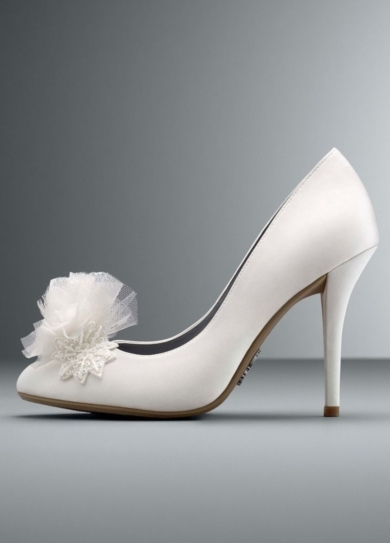 Wedding & Bridesmaid Shoes Sequin Embellished Closed Toe Pump
