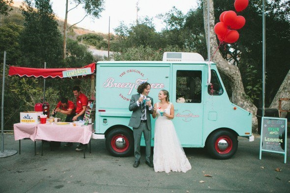 15 Food Trucks You Re Definitely Going To Want At Your Wedding Loverly Wedding Planning Made