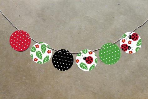 Little Ladybug Circle Garlands by Kelly Nasuta