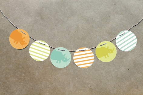 Zoo Menagerie Circle Garlands by Moglea