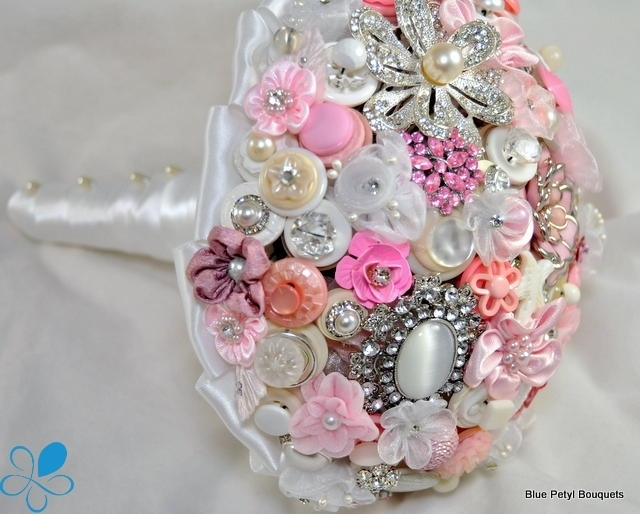 Pink Crystal Button Bouquet UM08