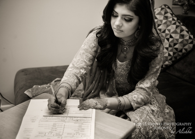 Photo Captured by Purple Canvas Photography via South Asian Bride Magazine - Lover.ly - 웹