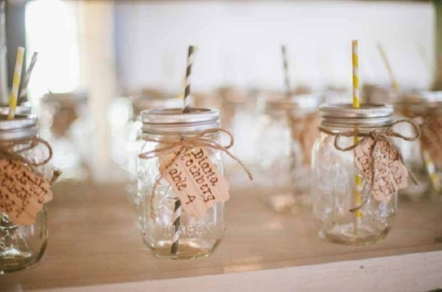 15 Weddings That Reignited Our Love of Mason Jars | Loverly | The ...