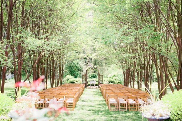 Rustic Richmond Wedding Captured by Julie Lim Photography, save on wedding venue